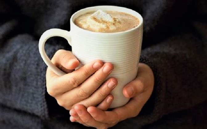 hot-chocolate hands